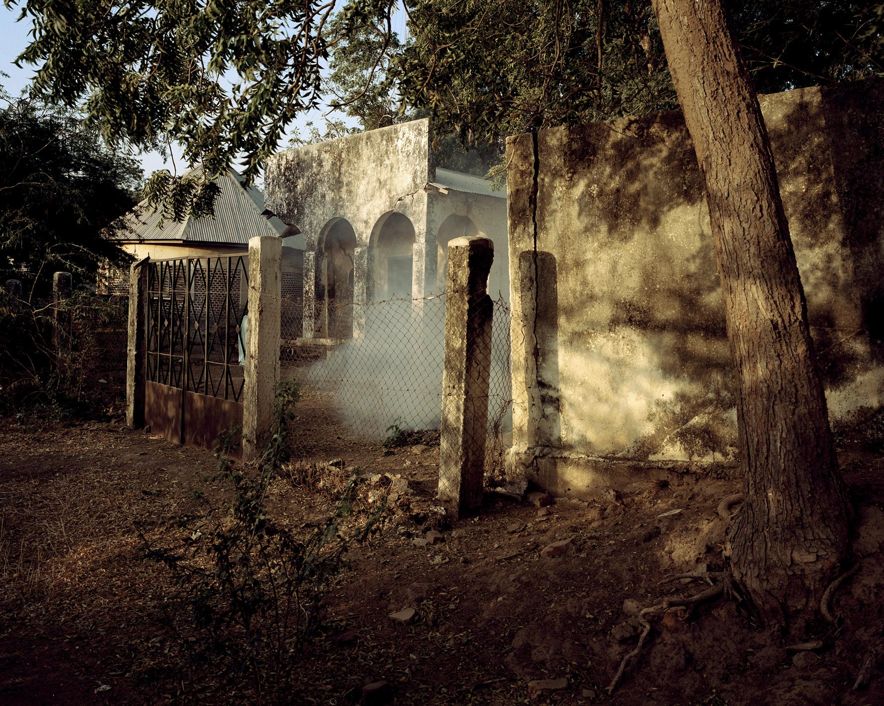 Residentur (Residence), Kamerun 2012. Archival pigment print. © Andréas Lang. Supplied by Deutsches Historisches Museum.